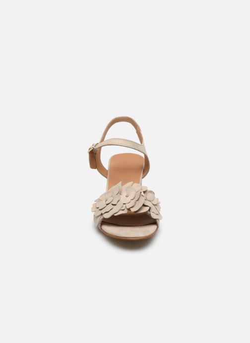Sandales et nu-pieds Georgia Rose Jiflora Beige vue portées chaussures