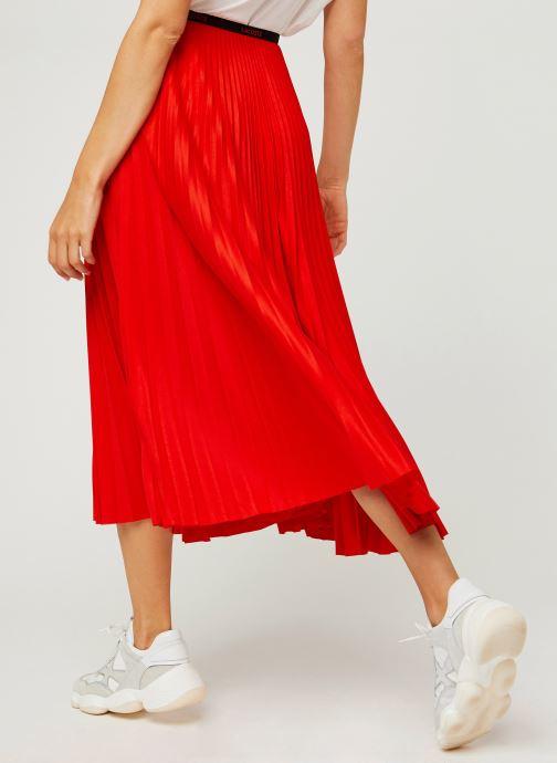 Vêtements Lacoste Jupe JF5455-00 Rouge vue portées chaussures