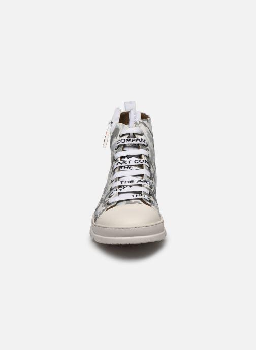 Baskets Art MAINZ 1528 Blanc vue portées chaussures