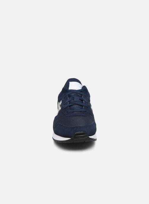 Baskets Asics Lyte Classic Bleu vue portées chaussures