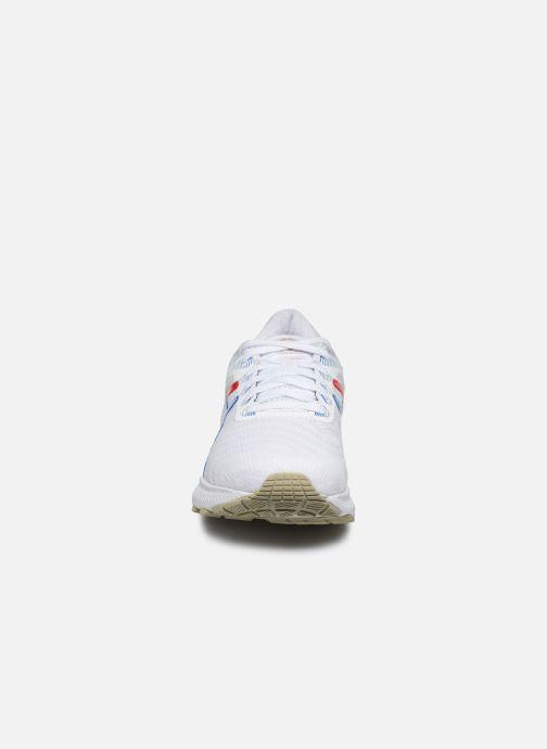 Chaussures de sport Asics Gel-Nimbus 22 Retro Tokyo Blanc vue portées chaussures