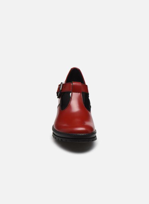 Escarpins Art CAMDEN 1232 Rouge vue portées chaussures