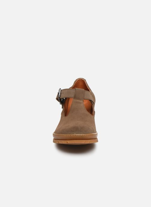 Zapatos de tacón Art CAMDEN 1236 Marrón vista del modelo