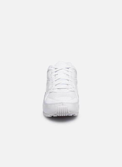 Deportivas Nike W Nike Shox Enigma 9000 Blanco vista del modelo