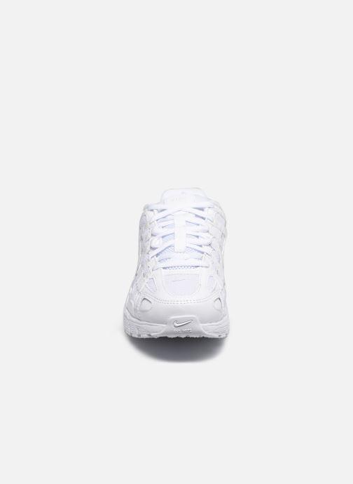 Baskets Nike W Nike P-6000 Blanc vue portées chaussures