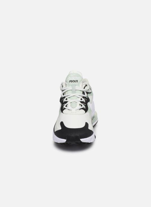 Baskets Nike W Air Max 270 React Vert vue portées chaussures