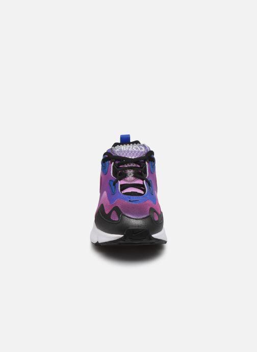 Deportivas Nike W Air Max 200 Se Violeta      vista del modelo