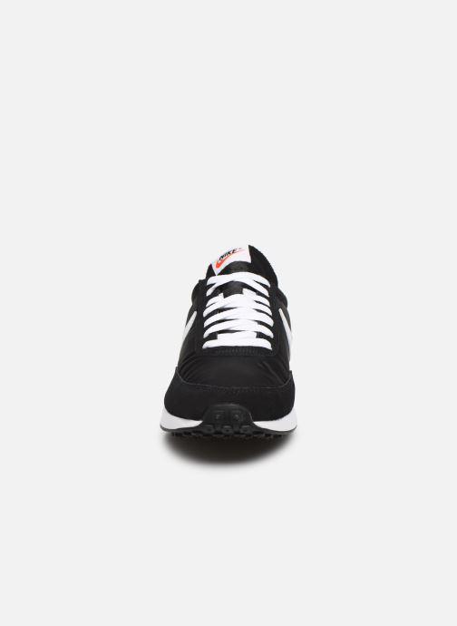Baskets Nike Air Tailwind 79 Noir vue portées chaussures
