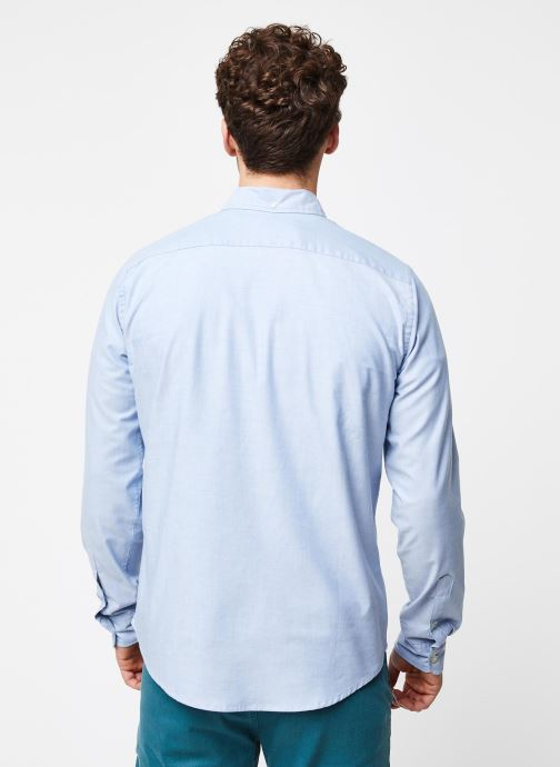 Vêtements Dockers Stretch Oxford Shirt Bleu vue portées chaussures
