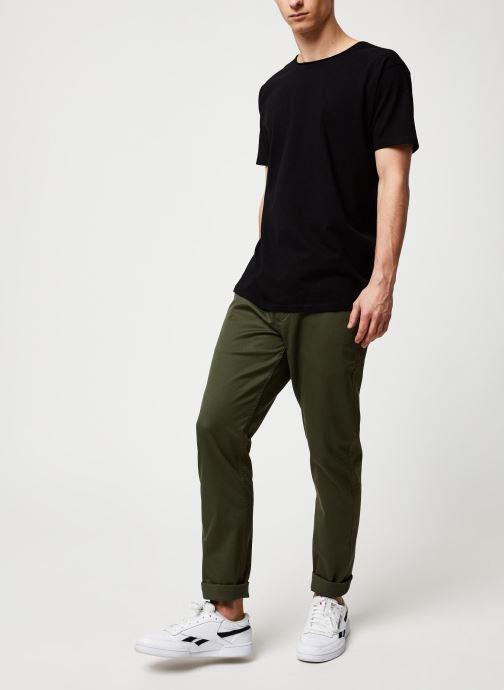 Vêtements Dockers Alpha Original Khaki Slim Vert vue bas / vue portée sac