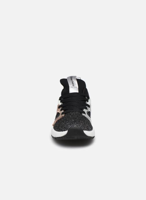 Sneakers Skechers Shine Status Sort se skoene på