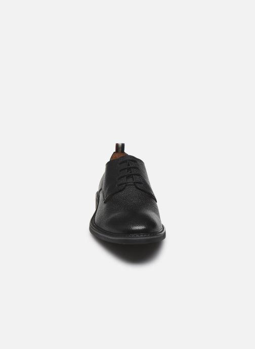 Scarpe con lacci Mr SARENZA Nianga Nero modello indossato