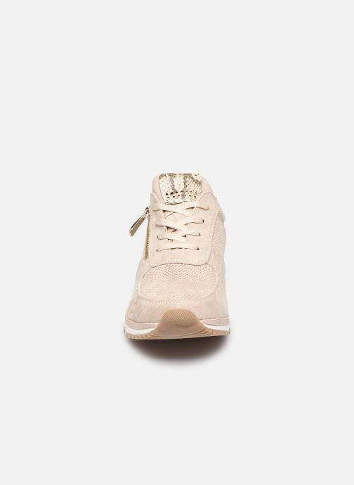 Baskets Marco Tozzi MOUSSIA Beige vue portées chaussures