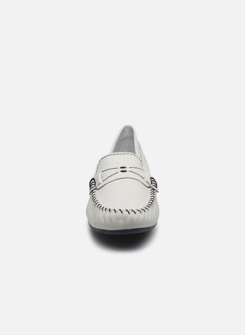 Mocassins Marco Tozzi MYRIS Blanc vue portées chaussures