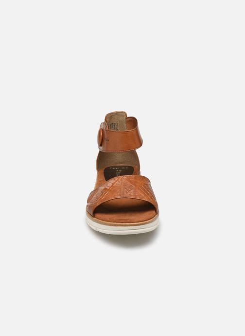 Sandali e scarpe aperte Marco Tozzi MUJDA Marrone modello indossato