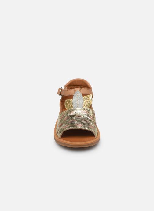 Sandales et nu-pieds Pom d Api Poppy Ananas Or et bronze vue portées chaussures