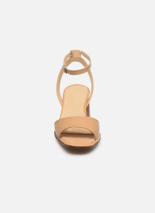 Sandali e scarpe aperte Notabene Naima Beige modello indossato