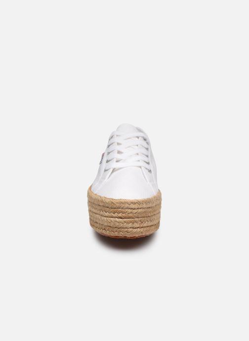 Baskets Superga 2790 Cotropew C20 Blanc vue portées chaussures
