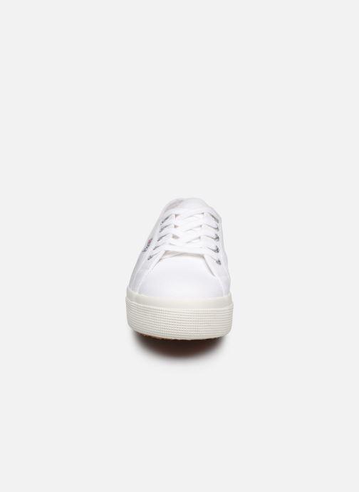 Baskets Superga 2730 Cotu C20 W Blanc vue portées chaussures