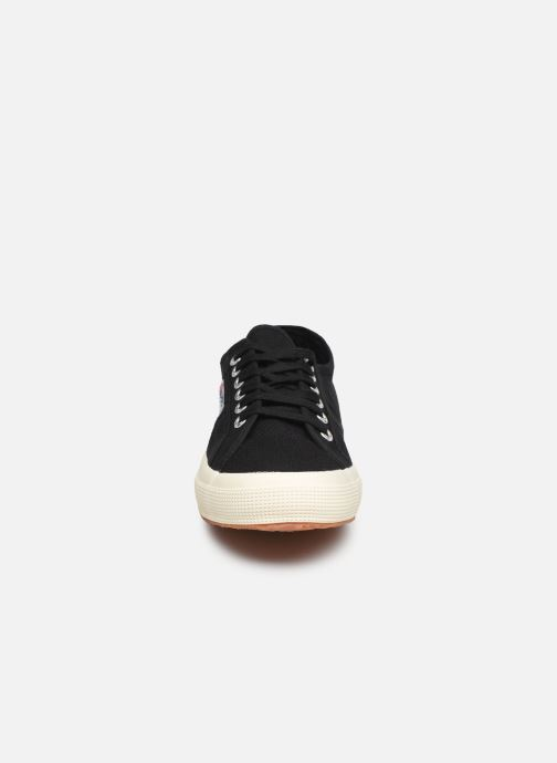 Baskets Superga 2750 Cotu Classic C20 M Noir vue portées chaussures