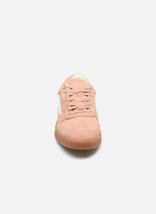 Sneakers Faguo BASKETS HAZEL SUEDE VP Rosa modello indossato