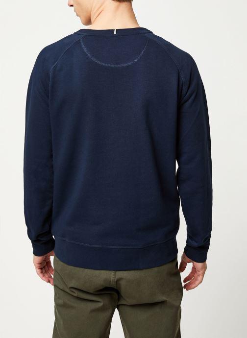 Vêtements Faguo DARNEY SWEAT COTTON VP VP Bleu vue portées chaussures