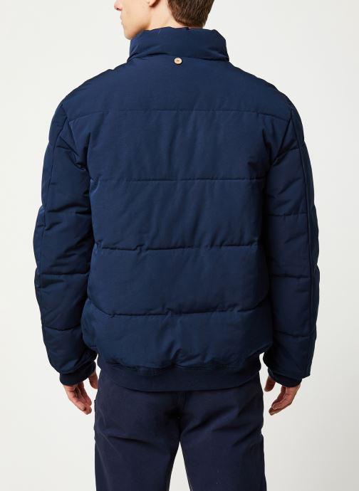 Vêtements Faguo LONGNY PADDED SYN WOV VP Bleu vue portées chaussures