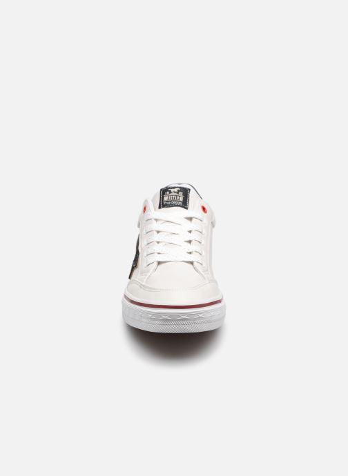 Baskets Mustang shoes 5056301 Blanc vue portées chaussures
