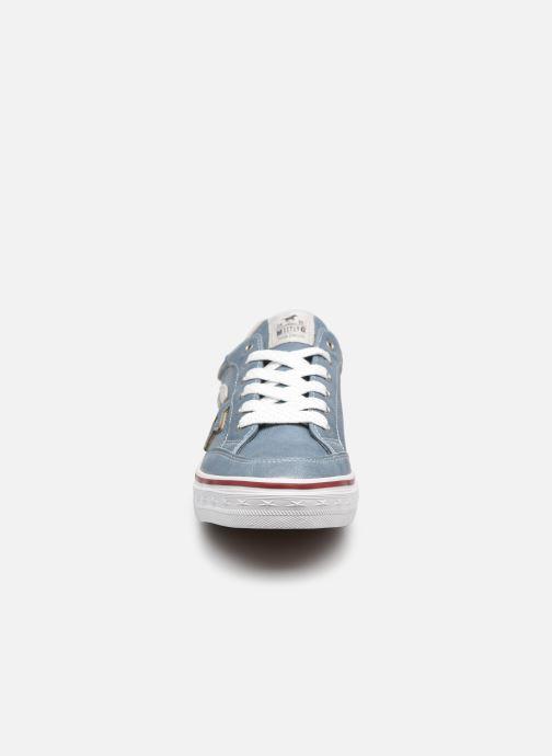 Baskets Mustang shoes 5056301 Bleu vue portées chaussures