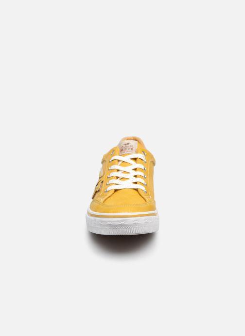 Sneaker Mustang shoes 5056301 gelb schuhe getragen