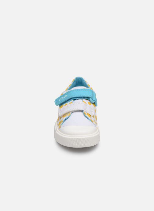 Baskets Clarks City bright T Multicolore vue portées chaussures