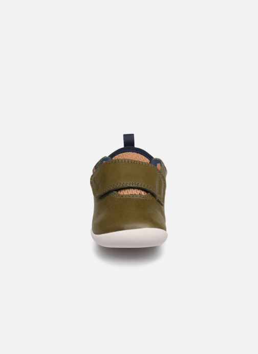 Trainers Clarks Roamer sport T Green model view