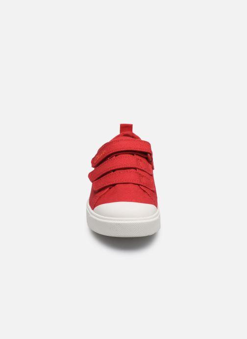 Baskets Clarks City Vibe K Rouge vue portées chaussures