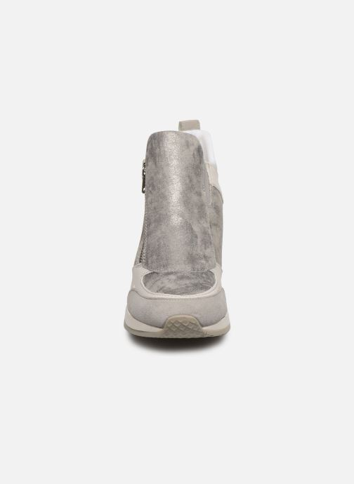 Baskets Geox D NYDAME Gris vue portées chaussures