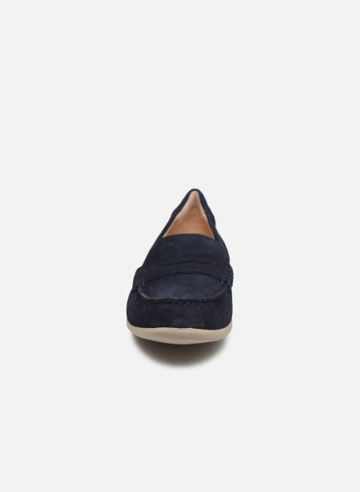 Mocassins Geox D YUKI Bleu vue portées chaussures