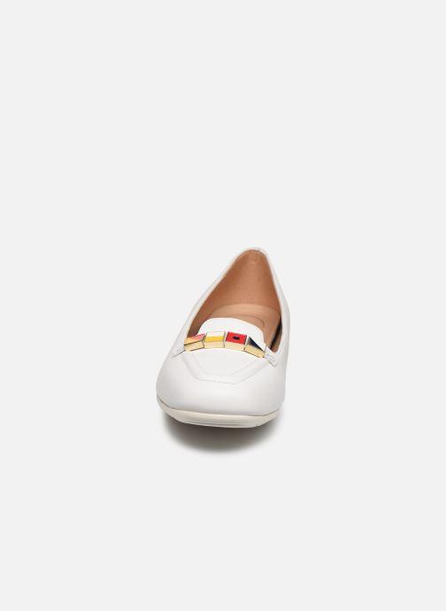 Mocassins Geox D ANNYTAH D027NB Blanc vue portées chaussures