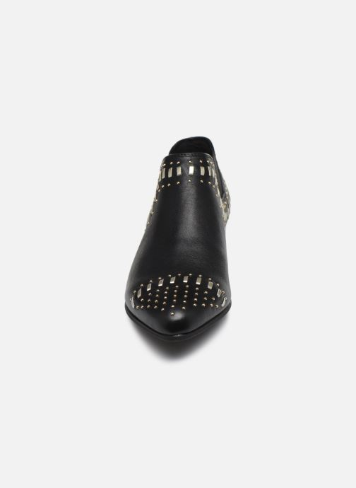 Ankle boots Geox D PEYTHON LOW C Black model view