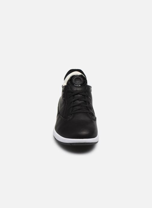 Baskets Geox D AERANTIS D02HNA00085 Noir vue portées chaussures