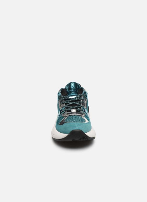Baskets Geox D TOPAZIO D02GDA Bleu vue portées chaussures