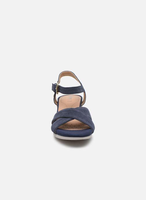 Sandales et nu-pieds Geox D ISCHIA CORDA D02HHC Bleu vue portées chaussures