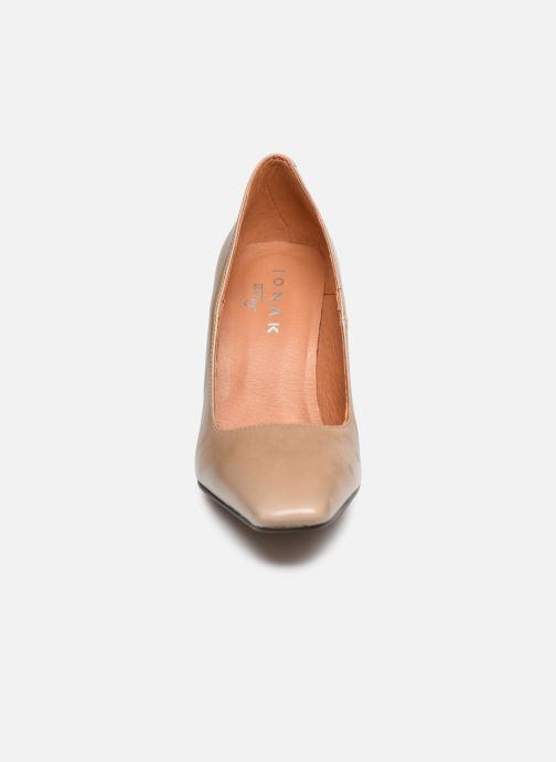 Zapatos de tacón Jonak 429-BALZAC Beige vista del modelo