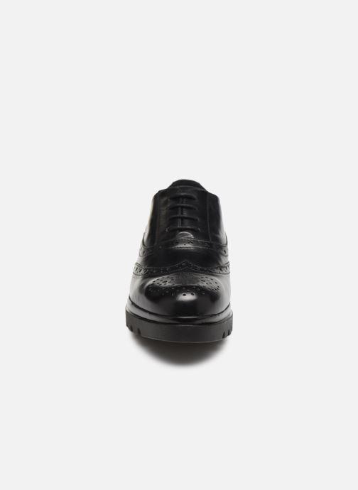 Scarpe con lacci Jonak 516-NEPAL Nero modello indossato