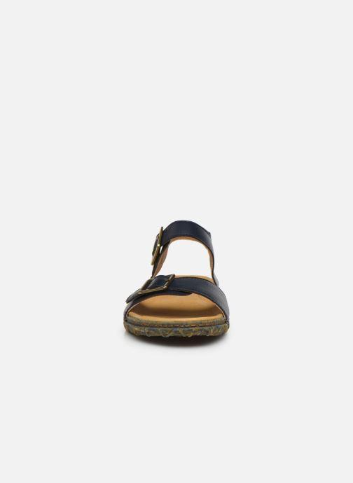 Sandali e scarpe aperte El Naturalista Redes Friendly Vegan N5503T PE2020 Azzurro modello indossato
