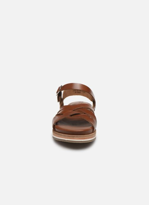 Sandali e scarpe aperte Kickers OLIMPIK Marrone modello indossato