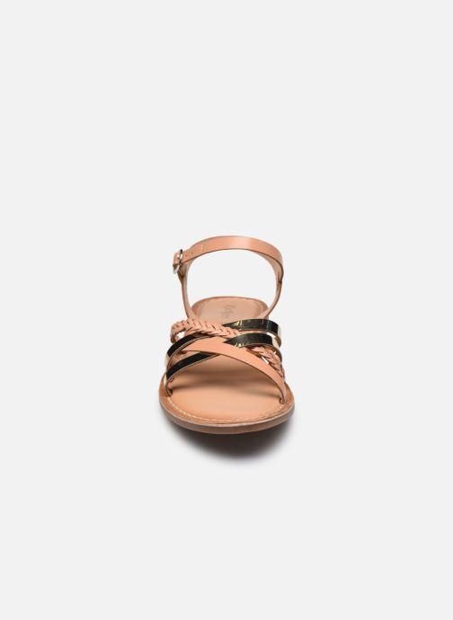 Sandales et nu-pieds Kickers ESTELLIE Marron vue portées chaussures