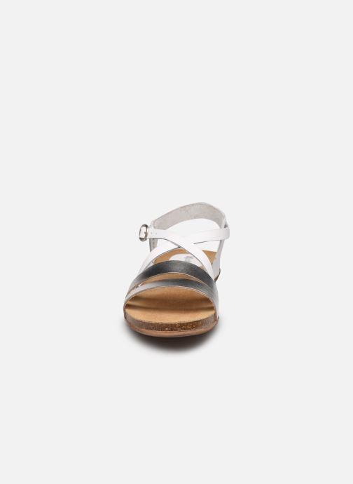 Sandales et nu-pieds Kickers ANATOMIUM Blanc vue portées chaussures