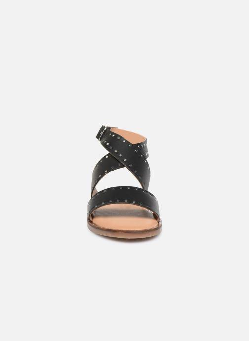 Sandales et nu-pieds Kickers KICLANA Noir vue portées chaussures