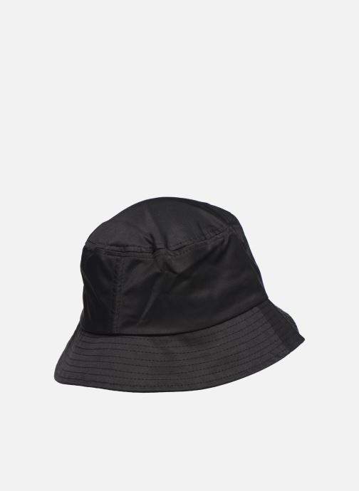 Cappello Hummel Hmlvejr Hat W Nero modello indossato