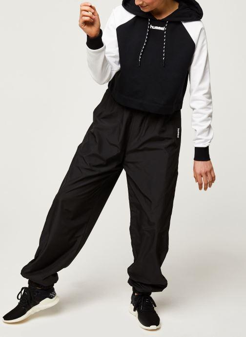 Vêtements Hummel Hmlchill Short Hoodie Noir vue bas / vue portée sac