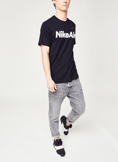 Vêtements Nike M Nsw Air Ss Tee Noir vue bas / vue portée sac